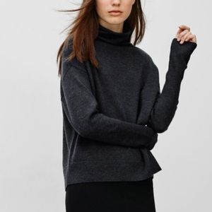 Aritzia | Wilfred | Charcoal Cyprie Sweater